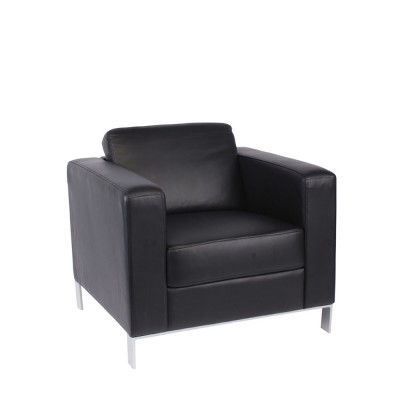 901-S 1 seater Black Leather
